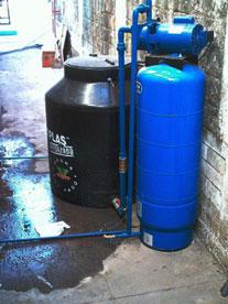Hidrotec lideres en el tratamiento de agua presi n for Equipo hidroneumatico